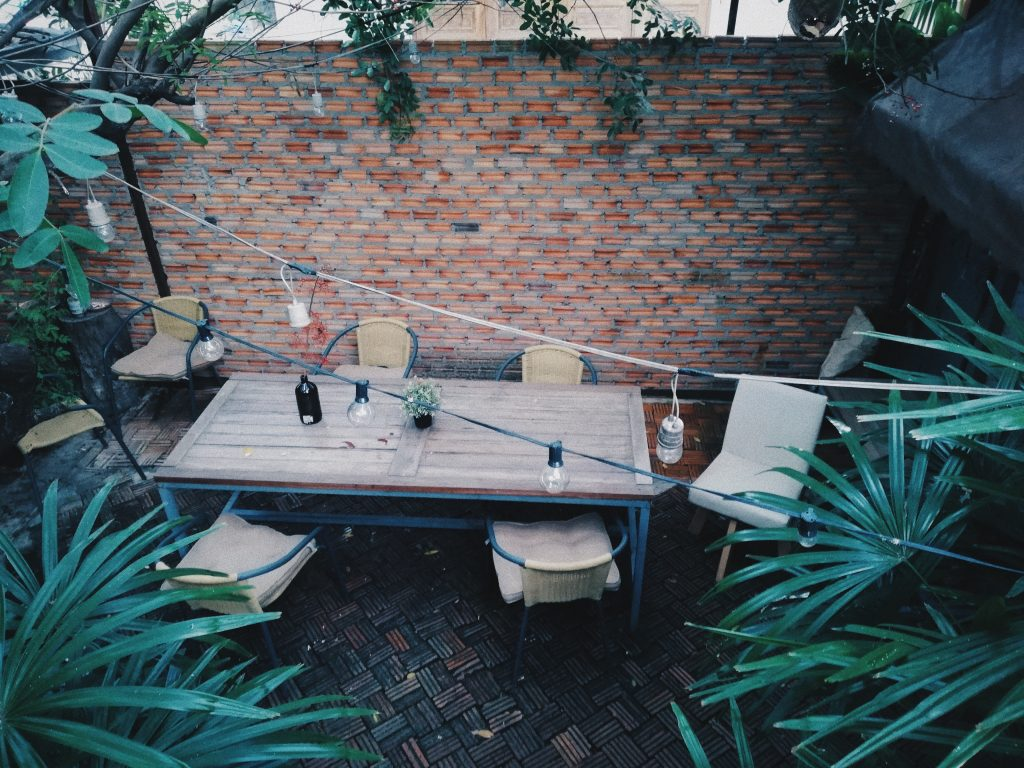 backyard and outdoor living solutions in Los Angeles